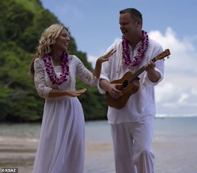 Lori married Chad Daybell on a Kauai beach on November 5 - weeks after her kids disappeared and days after Chad's previous wife Tammy died