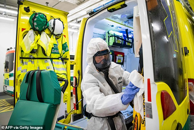 The last wave of coronavirus deaths in Sweden took place on April 21, with 185 deaths and 545 new cases. In the photo, a healthcare worker cleans and disinfects an ambulance after dropping off a patient in the intensive care unit (ICU) of Danderyd Hospital near Stockholm on May 13