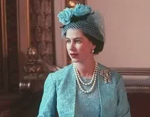 The royal  wore the True Lover's Knot to the weddings of her sister Princess Margaret in 1960 and her grandson Prince William in 2011