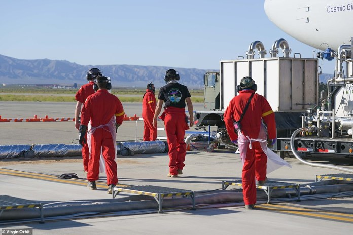 Crew work to prepare the first flight. Sunday, Richard Branson's Virgin Orbit hoped to make history on Sunday with the first orbital test flight of his LauncherOne vehicle