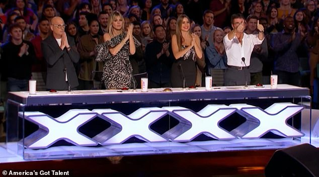 Fans: Howie Mandel, Heidi Klum, Sofia Vergara and Simon Cowell (from left to right) joined the crowd to give Williams a standing ovation