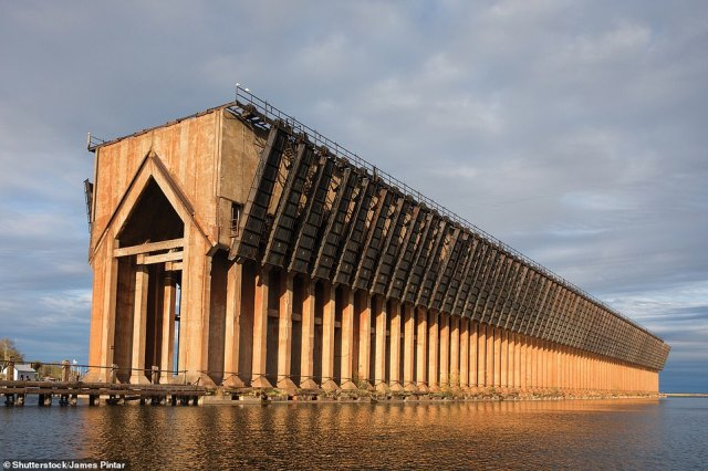 Built in 1931–32 to discharge iron ore pellets from railroad trucks directly into the holds of ships on each side, the massive structure has been disused since 1971 and stands isolated in the waters of Lake Superior, writes David. An ambitious plan exists to convert it into a kind of eco-park