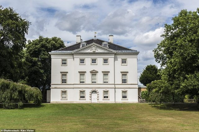 It is described by the English Heritage as the 'last complete survivor of the elegant villas and gardens which bordered the Thames between Richmond and Hampton Court in the 18th century'
