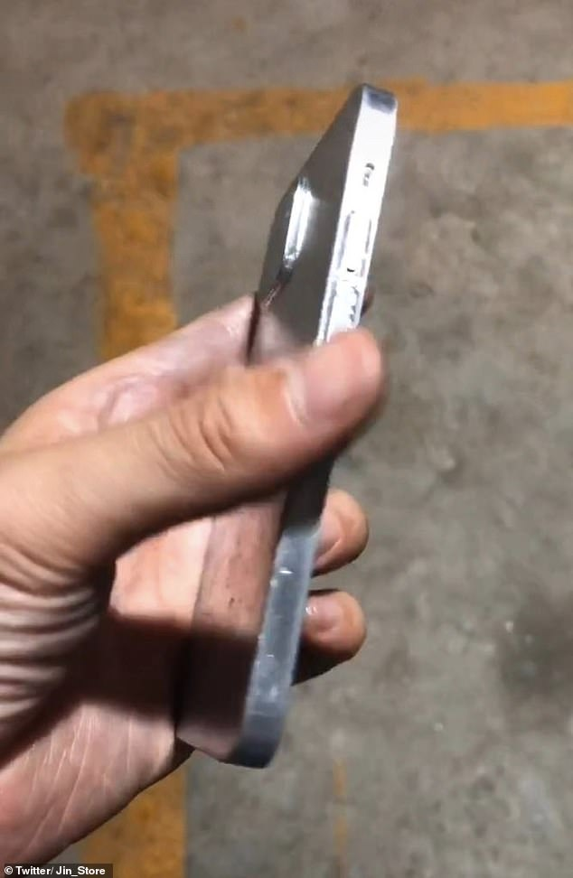 Critics of the curved edge claim it makes the iPhone less resistant to damage - a device that falls on its curved edge is more likely to take out the glass screen