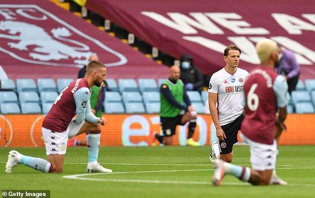 Le match a été le premier à avoir lieu depuis que le football a été suspendu au milieu de la crise des coronavirus