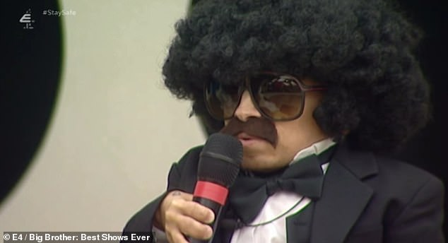 In the zone: the television presenter, 52, and the star of Austin Powers, who died in April 2018 at the age of 49, turned into Diana Ross and Lionel Richie as they closed the words of Endless Love