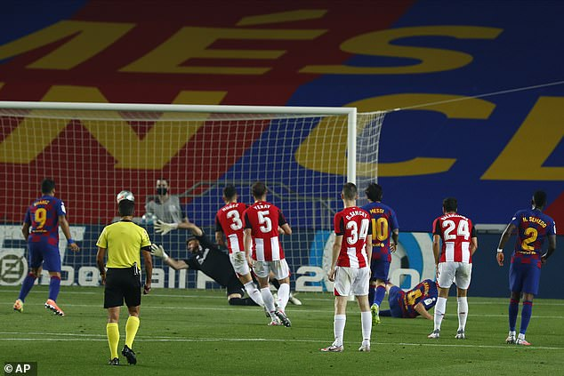 Rakitic fired a right-foot shot into the corner in the 71st minute after an assist by Lionel Messi