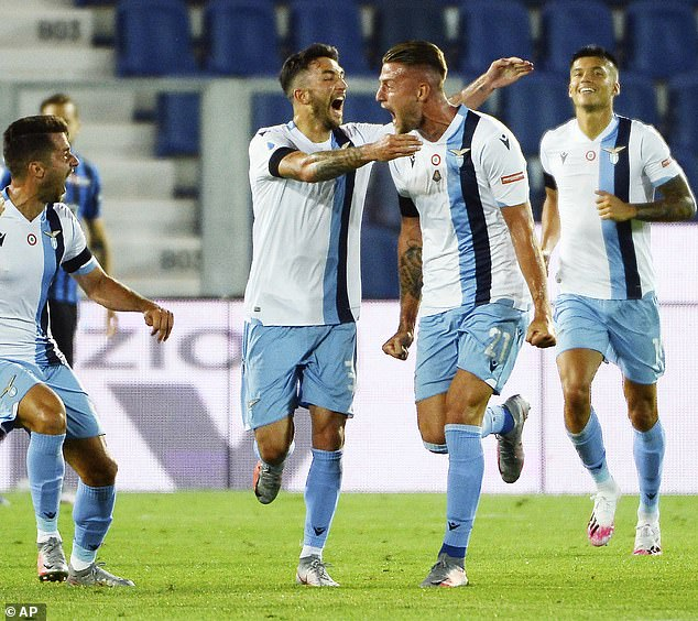 Lazio celebrate the goal that could have put them on their way to closing the gap on Juventus