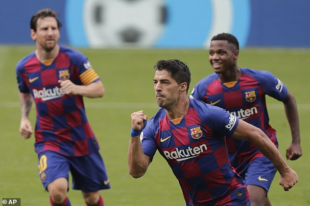 Suarez (avant) avait donné deux fois à Barcelone l'avance contre Celta Vigo samedi après-midi