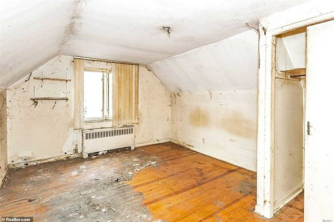 Gross:The floors are stained and peeling, the walls are cracked, and a layer of filth covers just about everything