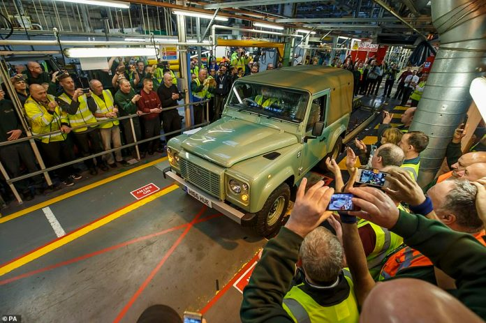 The last Land Rover Defender of the previous type left the Solihull production line on January 29, 2016. The new 2020 Defender is under construction in Nitra, Slovakia