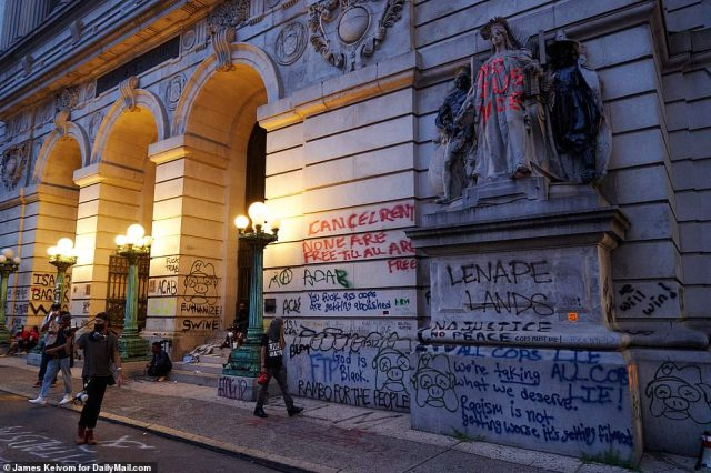 The front of the Surrogate Courts building has now been defaced with graffiti