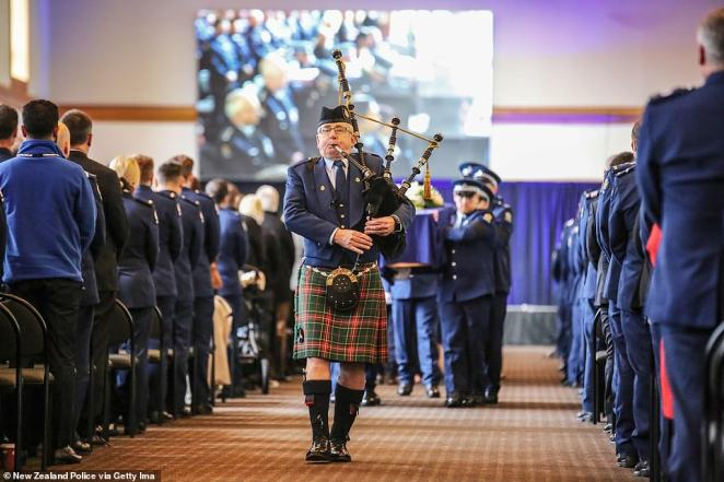 Officers paid tribute to Mr Hunt in a full guard of honour featuring a piper, police cars, a flag bearer and police dogs