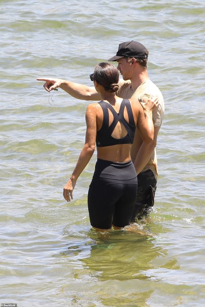 Dorsey was given a friendly hug by a member of his former in-laws family as they appeared to be speaking about Naya