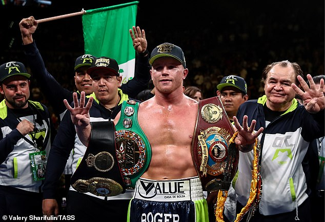 Alvarez had been hoping to fight Saunders in a super middleweight showdown in Las Vegas