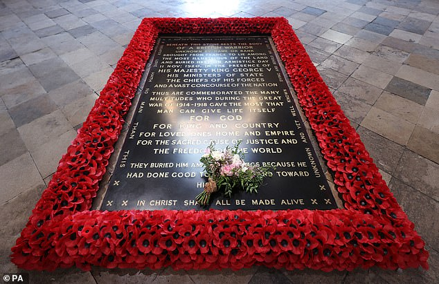 Princess Beatrice's bouquet is placed on the Unknown Warrior's Grave, following royal tradition
