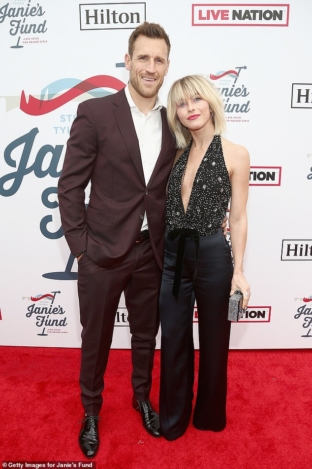 Brooks Laich 'open' to reconciling with Julianne Hough