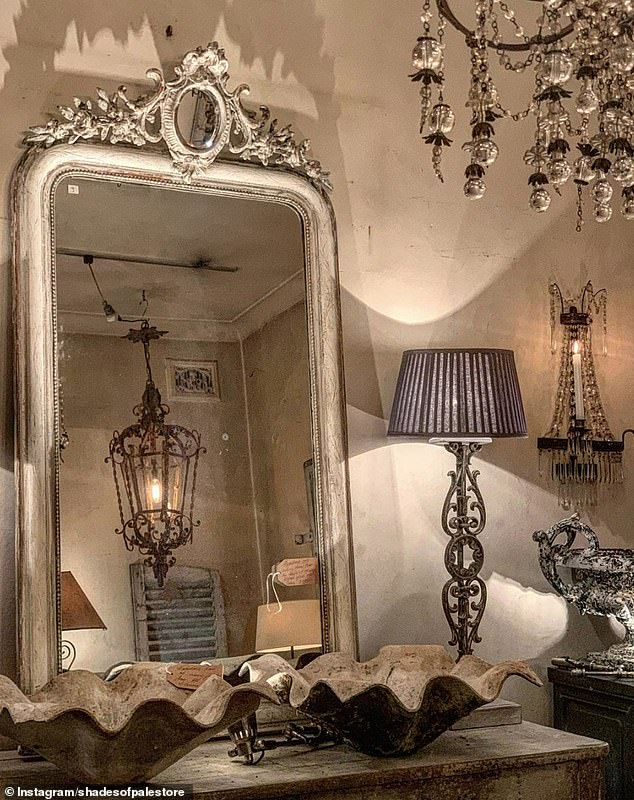 3. FRENCH ANTIQUES: Mother and daughter Gaynor and Bella shared their 19th century mirror from Provence paired with two French balustrade lamps and a crystal wall sconce