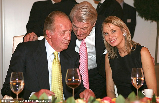 Pictured: King Juan Carlos, Manfred Osterwald and Princess Corinna of Sayn-Wittgenstein at the Schloss Schockingen in Stuttgart, Germany in 2006
