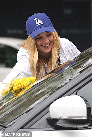 Fancy that! The girls returned to Jasmine's car and found a small bouquet of daffodils on her windscreen