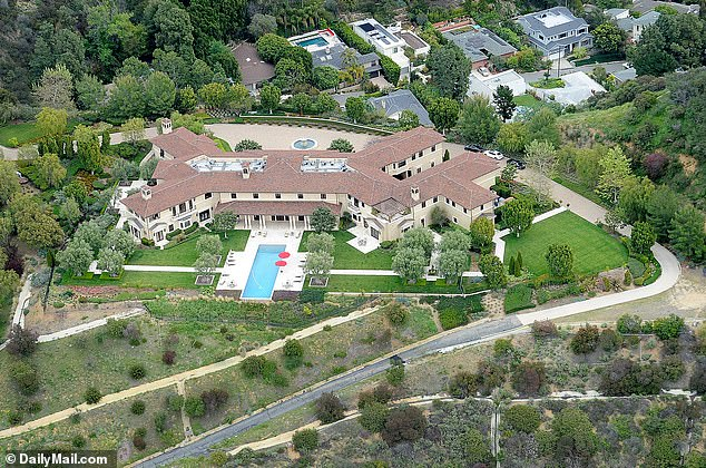 prince harry and meghan markle secretly buy santa barbara s house because it was not harry s style fr24 news english prince harry and meghan markle secretly