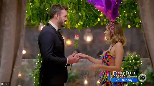 'You taught me how to dance':The thrill-seeker couldn't help but praise Nicole when the big moment came to hand out the triple threat rose
