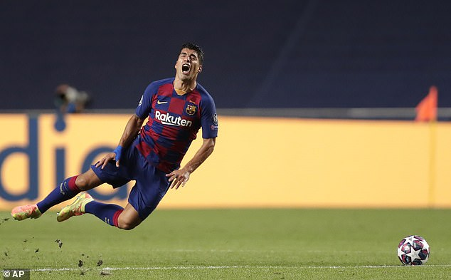 Luis Suarez, along with Jordi Alba, was one of the only players to be graded above zero in AS