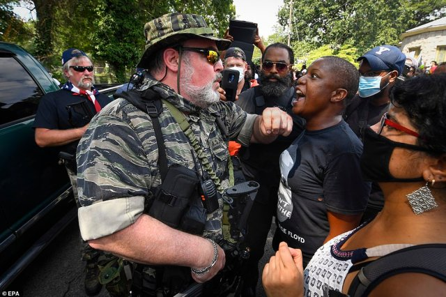 Protesters from opposing sides were seen having intense confrontations with each other