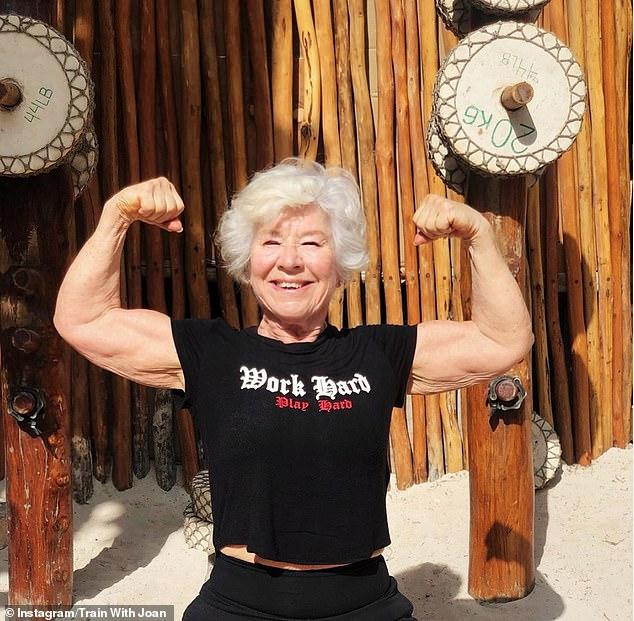 The mother began weight training and planning her macros, and started doing a mix of cardio and mix of cardio and weight lifting, focusing on different muscle groups each day