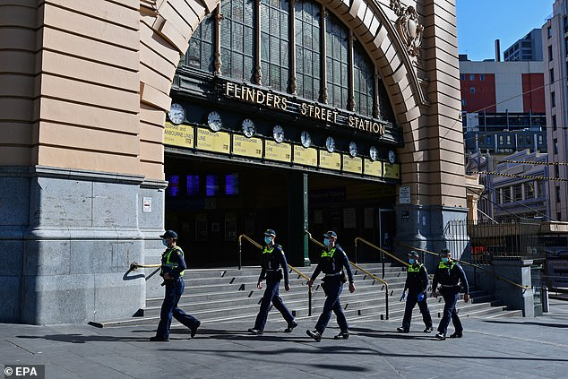 A heavy police presence remains in the Melbourne CBD as stage four restrictions continue