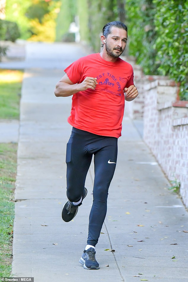 Speedy: With his AirPods in, the Hollywood star listened to music as he worked on his fitness regime