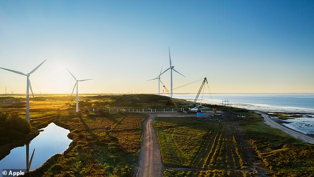 Apple is investing in the construction of two of the world¿s largest onshore wind turbines near the Danish town of Esbjerg