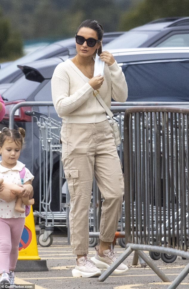 Fashionista: Looking good for the outing, Sam wore a chic beige jumper and matching joggers