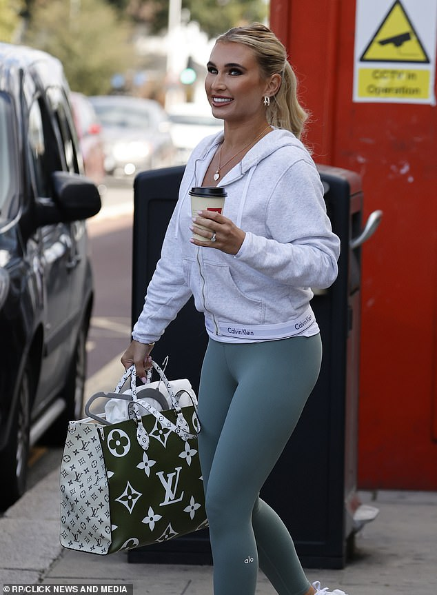 Tight! Billie looked sensational in her gym gear