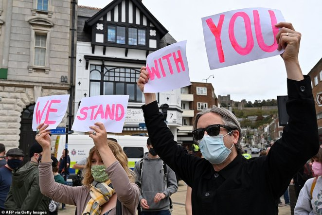 Various groups had announced their intention to travel to Dover on Saturday to protest for or against migrant crossings