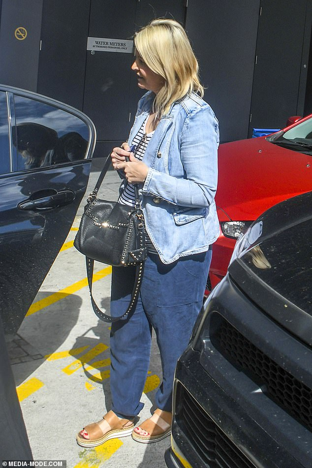 Baby on board! On Tuesday, Grant Denyer's pregnant wife Chezzi showed off her baby bump as they left a Sydney hotel together
