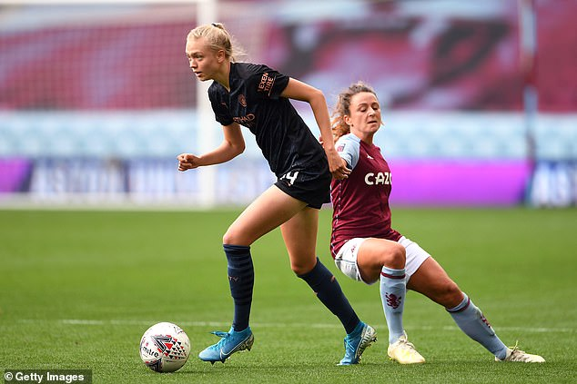 Esme Morgan (left) is one of the uncapped players handed an opportunity by Neville