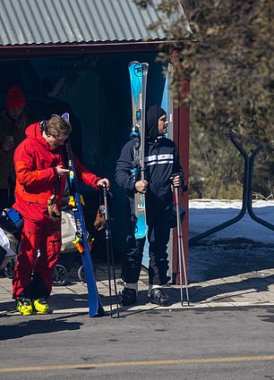 Adventure awaits: Hollywood A-lister Zac looked like any other adventure lover as he held onto ski equipment at the hire shop near Thredbo village