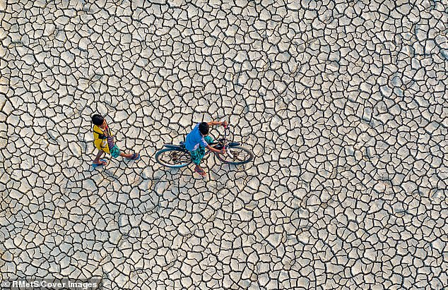 According to a new UN report, because of climate change, the number of people living in places with insufficient water will go from 1.9 billion to 3.2 billion by 2050
