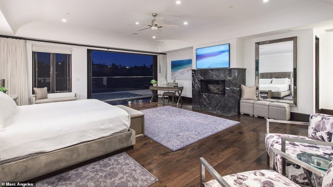 It's unclear why newlywed Griffin is deciding to sell the home after tying the knot in January, but perhaps it's time to downsize from her sprawling pad and her bedroom with a stunning black fireplace