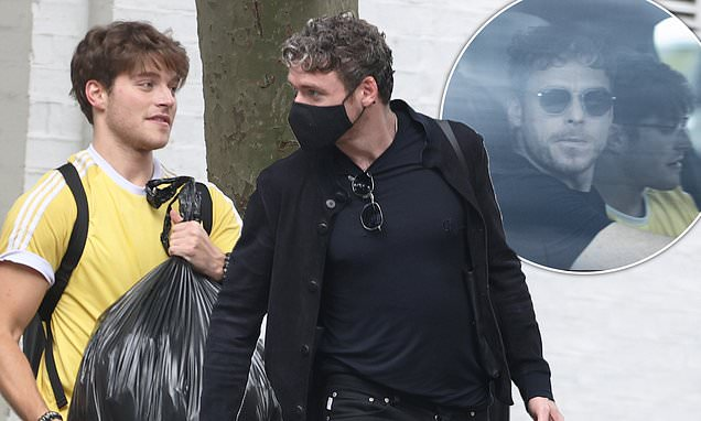 Richard Madden is spotted in London with actor pal Froy ...