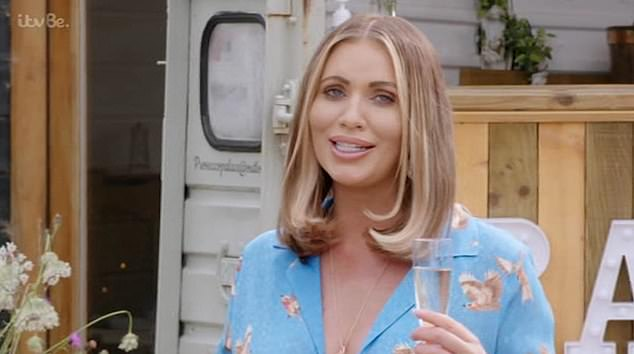Drama:The feud started when Bobby was left heartbroken after Amy's cousin Harry Derbidge cheated on him, with Amy taking Harry's side
