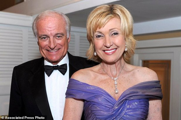 Lana Marx and her husband, Drs.  Neville Marks lives in Palm Beach