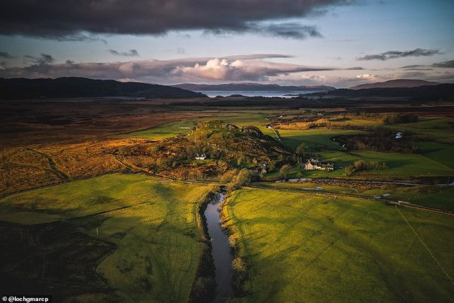 A jaw-dropping picture of Dunadd Fort by@lochgmarcp. It's one of the most important early medieval sites in Scotland