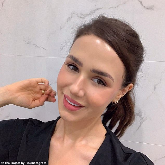 Founder of lifestyle podcast The Roject, Roj Torabi, first started noticing the way her foundation caked into her smile lines two years ago, she told Adore Beauty