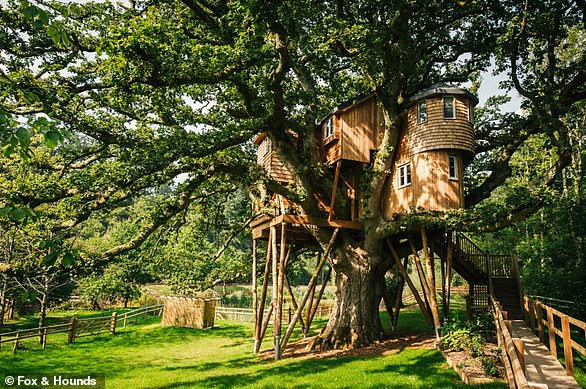 Why not try out a more unusual choice of venue with your smaller guest list, such as this Treetops Treehouse at the Fox & Hounds Country Hotel in Chulmleigh, Devon