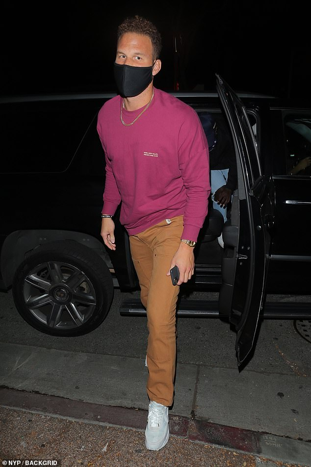 Pumpkin spice: Blake Griffin, who also arrived to the event solo, put forth a fall-inspired color palette for the evening