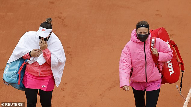 Both Azarenka and Kovinic walked off the court before they were technically allowed to do so