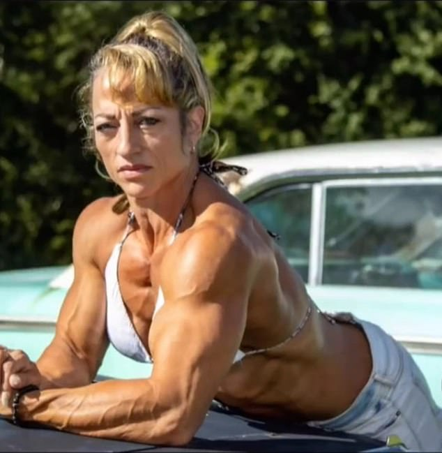 Built: The mom has veins bulging out of her arms and legs because she is so ripped