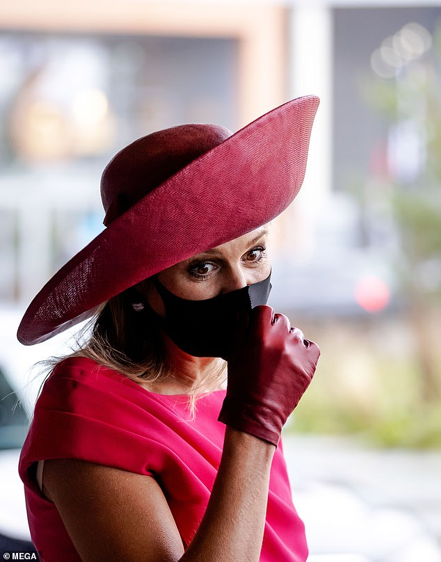 The mother-of-three wore a black face-covering for the string of events this morning in the Hague